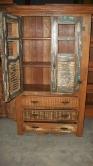 cod. 05-armario com 3 gavetas 1,80 x 1,00 cm com detalhes em ferro