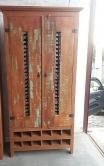 armário de 2 x 1 x 0,45 adega com detalhe de metal cod 67