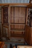 cod. 76  armario com metal 2x 1.30 com portas almofadadas e com metal e 1 gaveta