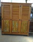 Guarda roupa de 2 de altura x 1,80 x 0,58 com portas venezianas cod 22