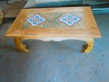 mesa de centro de 60 x 80 com 2 ladrilhos pés tartaruga cod 21