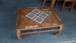 mesa de centro de 90 x 0,70  com pés tartaruga cod 33