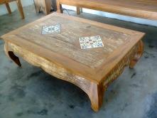 mesa de centro de 1,20 x 0,80 com 02 ladrilhos cod 20