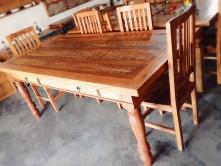 mesa de 2 x 1 com 2 gavetas pés torneados cod 28