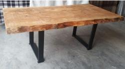 mesa de 2 x 1 maciça com pés de metalon cod 71