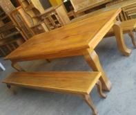 mesa de 2,5 x 1 de peroba rosa pés de leão com 2 bancos mineiros pés de leão cod 31
