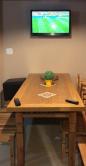 mesa de 2 x 1 com ladrilho , detalhe de metal nas laterais cod 85