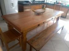 mesa de 3 x 1 com  2 gavetas pés indiano cod 57
